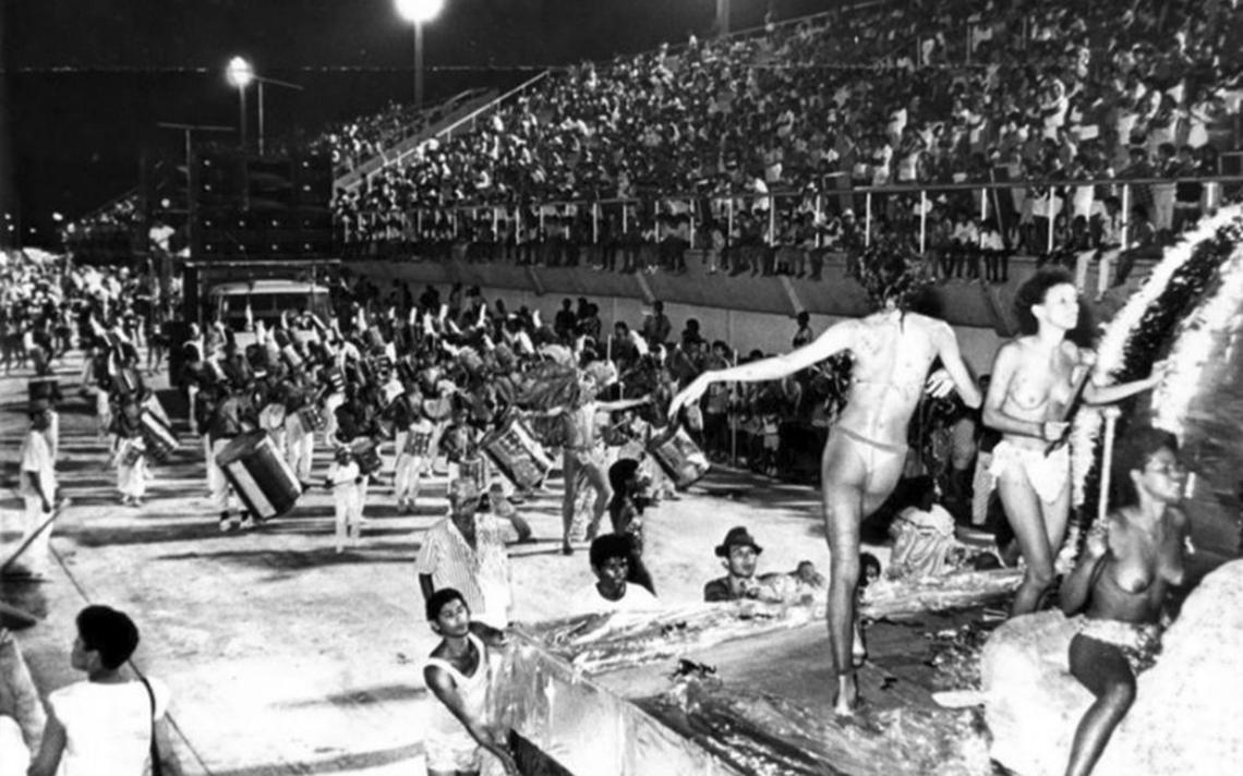 Foto histórica do Carnaval em Vitória, publicada no grupo Memória Capixaba