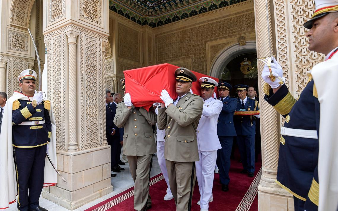Caixão_Essebsi
