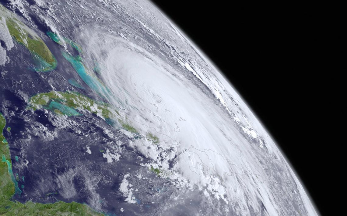 Furacão Joaquin sobre Bahamas em 2015