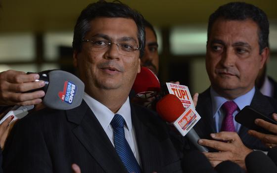 A diplomacia paralela da compra de respiradores pelo Maranhão