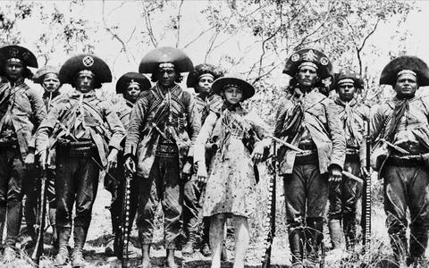 A história do cangaço: mito, estética e banditismo no sertão
