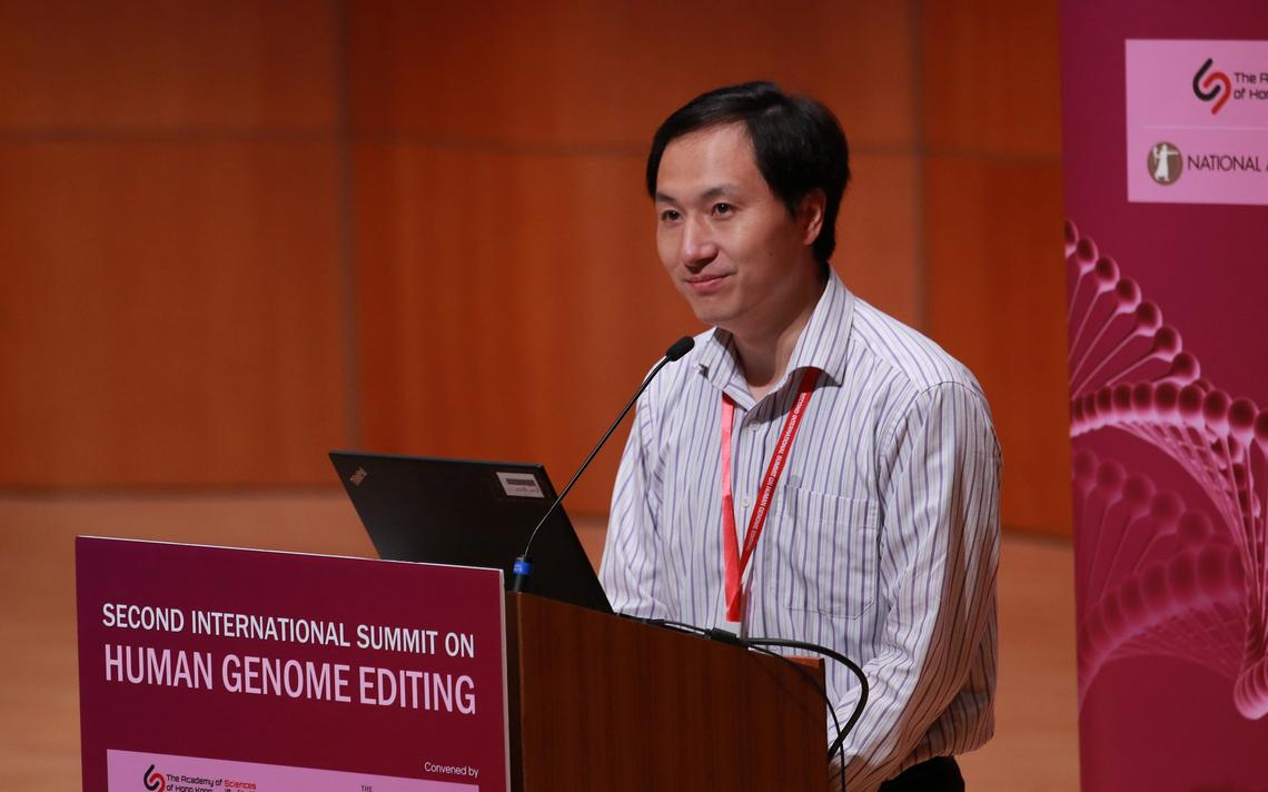 O pesquisador He Jiankui durante o Congresso Internacional sobre Edição Genética, na Universidade de Hong Kong