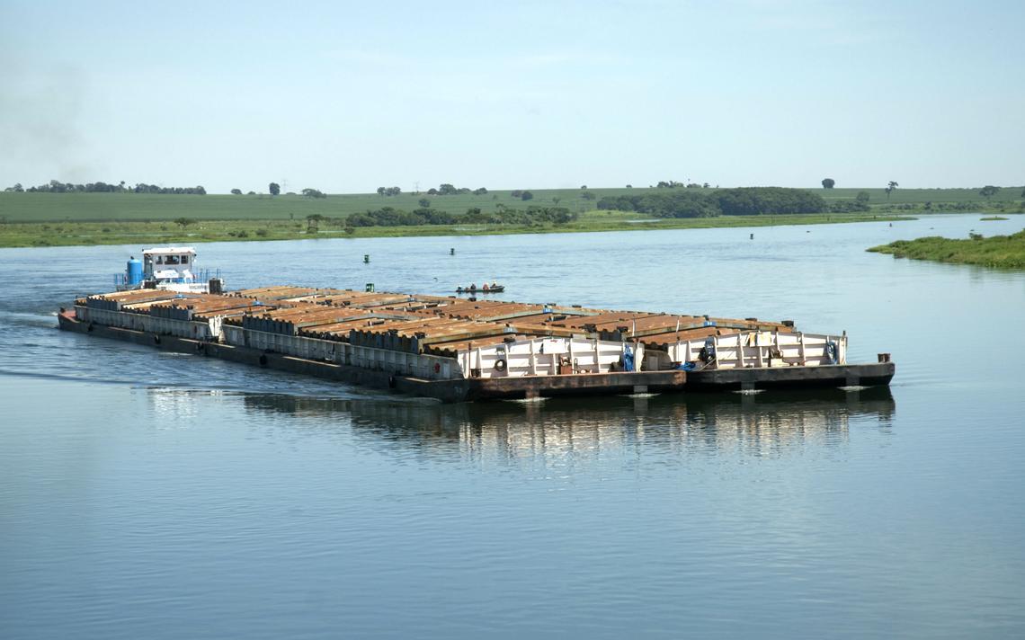Hidrovia Tietê-Paraná atende estados das regiões sul, sudeste e centro-oeste