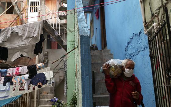 Brasil tem 46 milhões vivendo em lares sem renda de trabalho