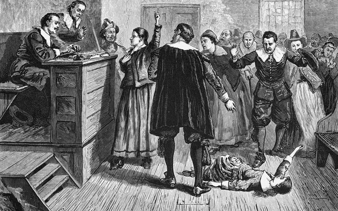 Ilustração em preto e branco de um julgamento.