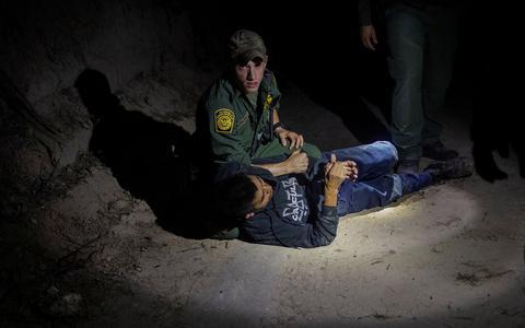 Como o tema da imigração desafia o governo Biden