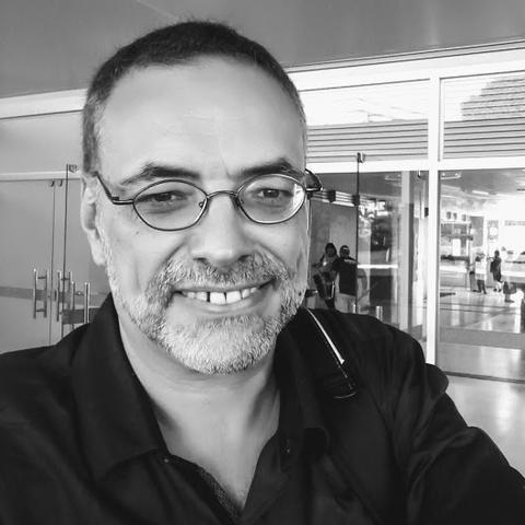 Júlio Assis Simões, professor antropologia USP