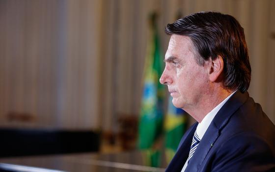 Como a reforma põe a política real diante de Bolsonaro
