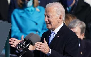 Joe Biden discursa na cerimônia de posse, diante do Capitólio, em Washington