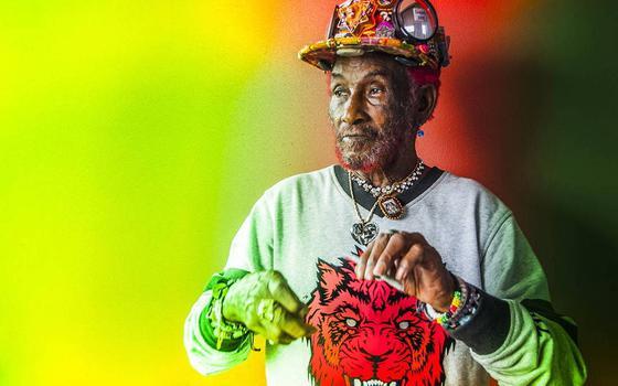 Ícone do reggae e do dub, Lee 'Scratch' Perry morre aos 85 anos