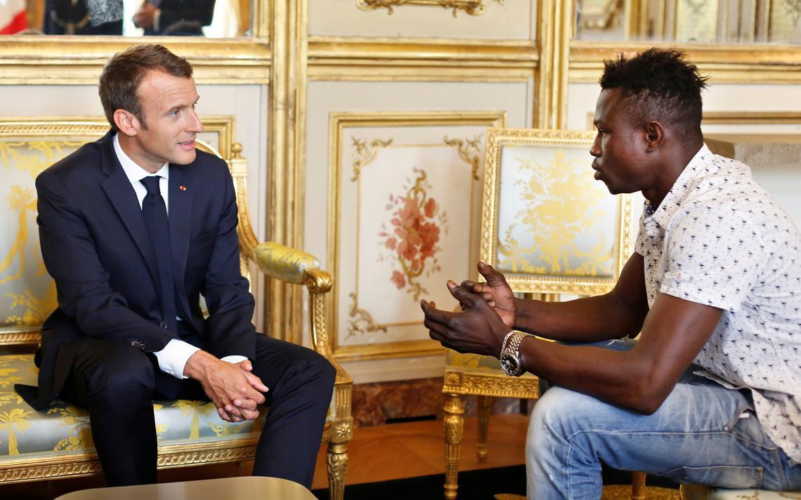 Macron Massama