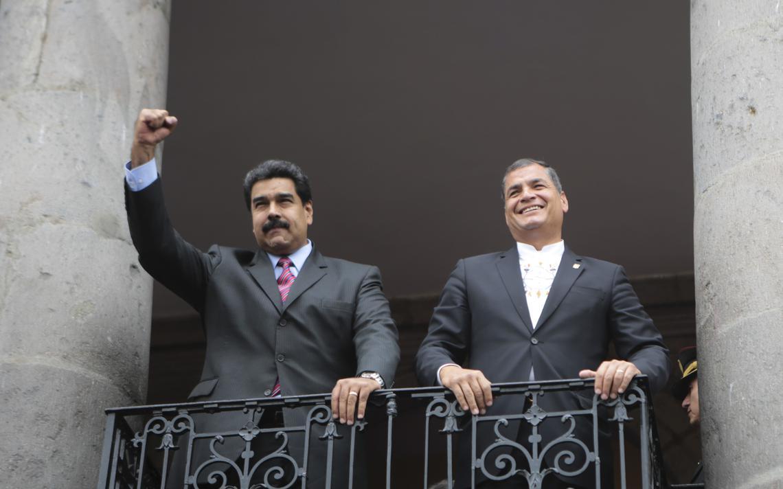 Maduro e Correa saúdam