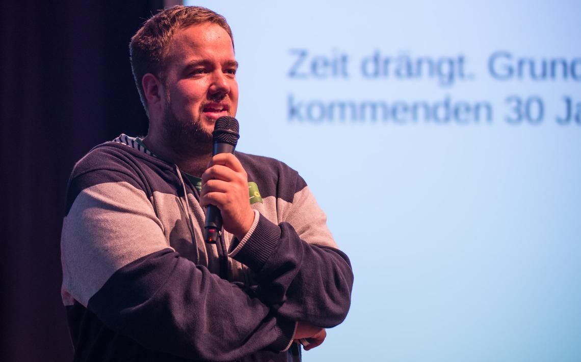 Malte Spitz fala durante o congresso sobre digitalização do Partido Verde da Alemanha, em 2015