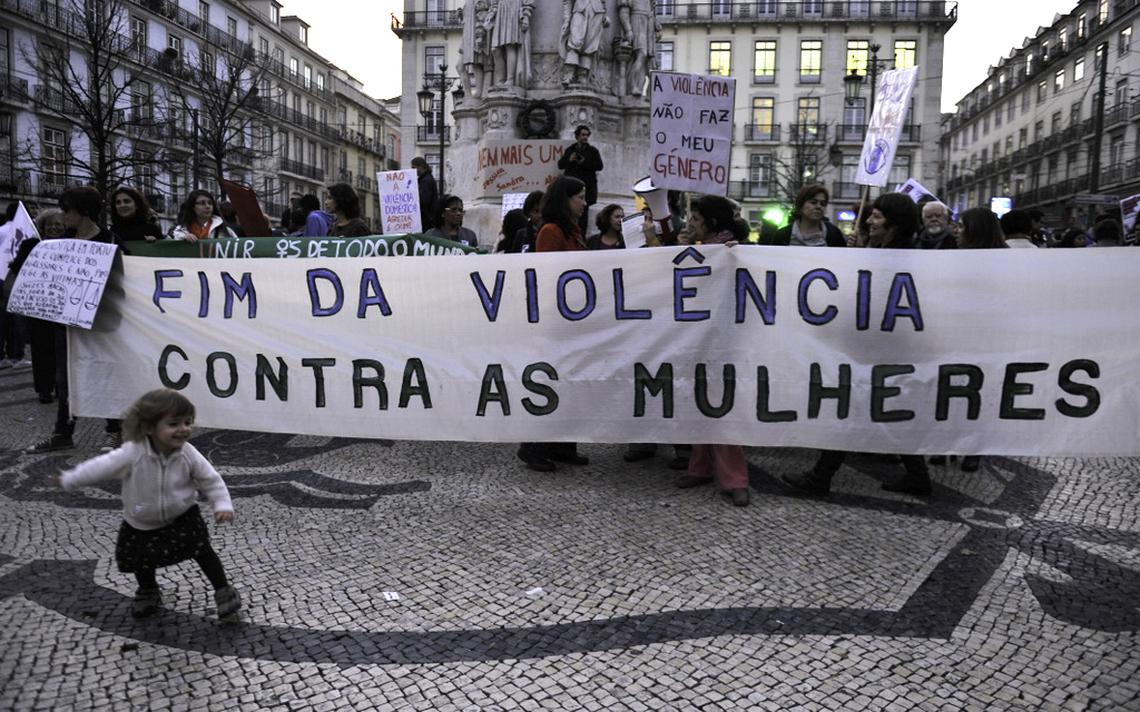 Marcha pelo fim da violência contra a mulher (2011)