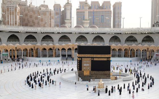 Os riscos de contágio da covid-19 na peregrinação a Meca