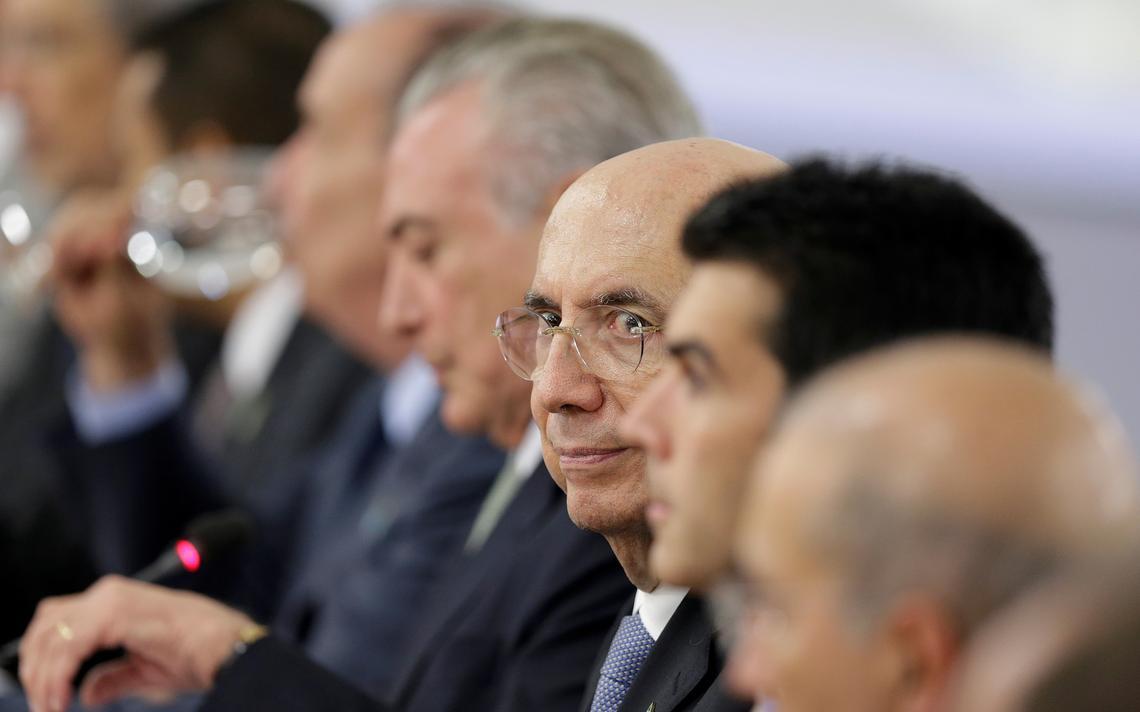 Henrique Meirelles participa de reunião ministerial com Michel Temer