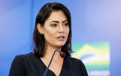 Os cheques de Queiroz que foram parar na conta da primeira-dama