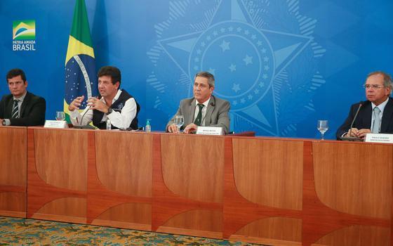 Como um grupo de ministros isola o discurso de Bolsonaro