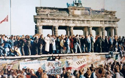 O que você sabe sobre a divisão e a reunificação alemã?