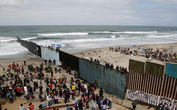 Caravana imigrantes