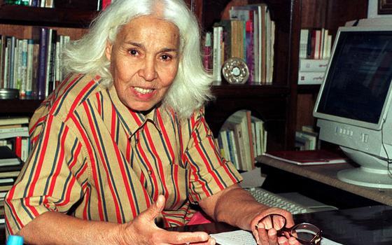 5 obras de uma das mais importantes feministas árabes
