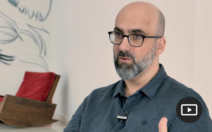 Resultado de imagem para Para que serve a literatura? Entrevista com Valter Hugo Mãe