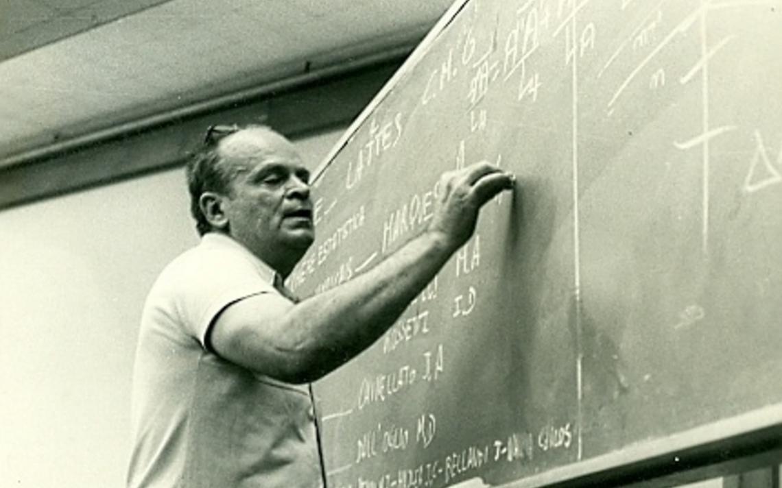 O físico César Lattes, que dá nome à maior base de dados de currículos de pesquisadores brasileiros