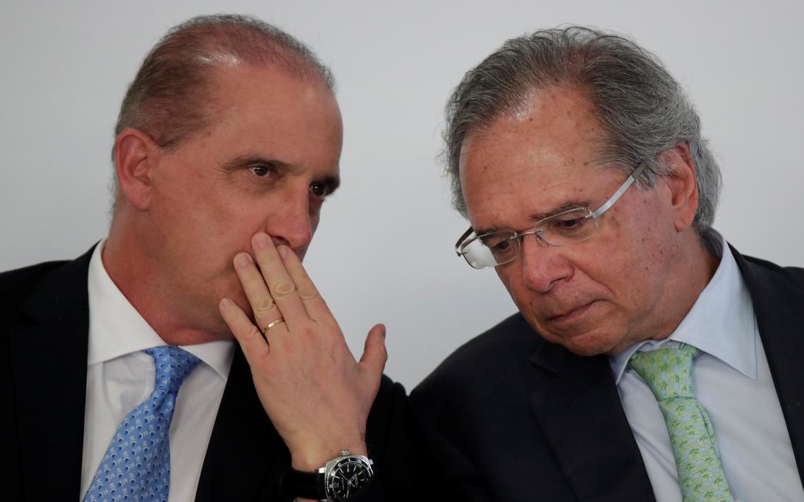 Onyx Lorenzoni e Paulo Guedes: plano de privatização segue em curso