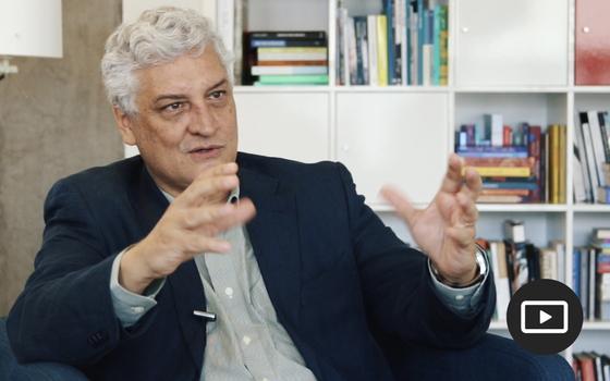 A democracia e a 'Batalha de poderes': entrevista com Oscar Vilhena