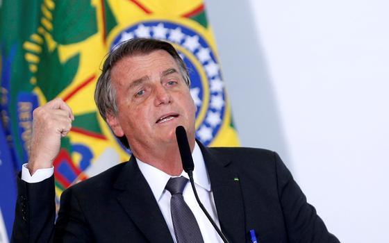 Bolsonaro culpa governadores por inflação em alta