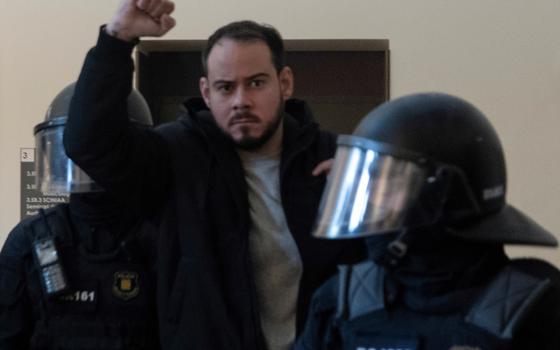 Como um rapper cinde o debate sobre a livre expressão na Espanha