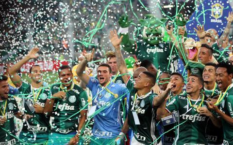 Campeonato Brasileiro: história conturbada, disputas por dinheiro e paixão nacional