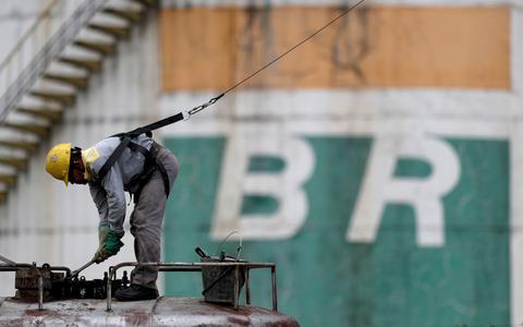 Petrobras não atenderá demanda e acende alerta de desabastecimento
