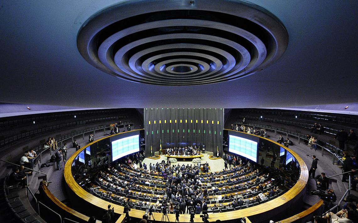 Foi registrada uma renovação de 52% das 513 cadeiras da Câmara dos Deputados
