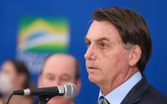Por que a oposição reluta em pedir o impeachment de Bolsonaro