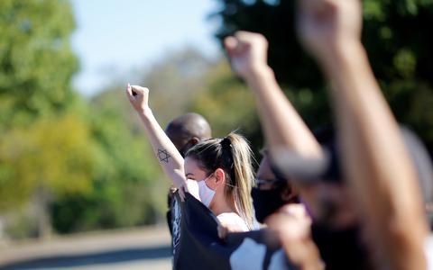 O antirracismo dos brancos: 'colorindo o incolor'