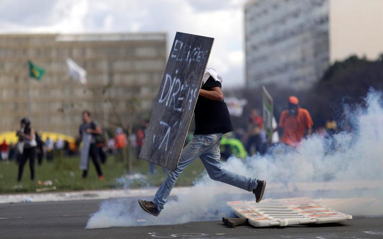 Protesto contra o presidente Michel Temer, em Brasília