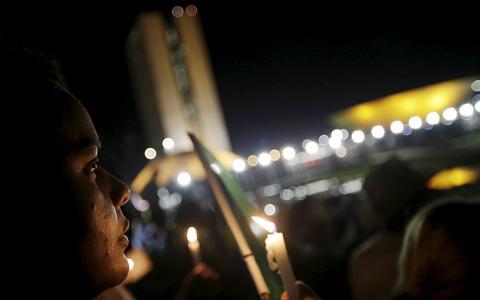 Qual é a saída para a crise política brasileira? A resposta dos partidos