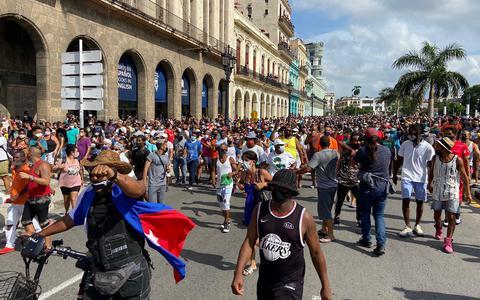 O que leva os cubanos às ruas. E como o governo responde