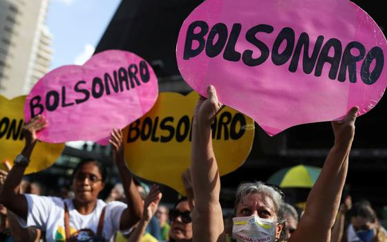 O que vem depois de Bolsonaro desafiar Congresso e saúde pública