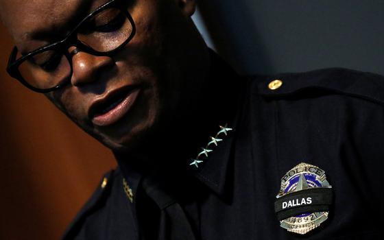 O chefe de polícia de Dallas e a tensão racial dos EUA