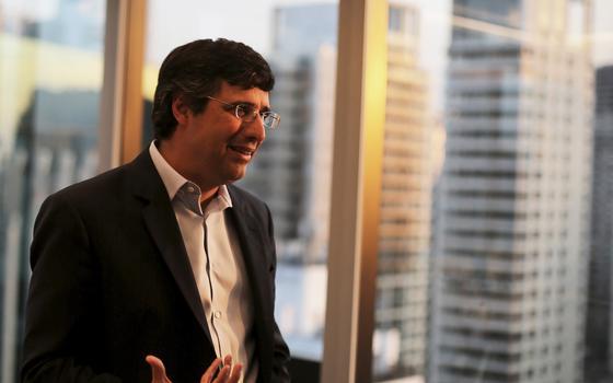 Harvard se diz 'entristecida' com prisão de banqueiro André Esteves