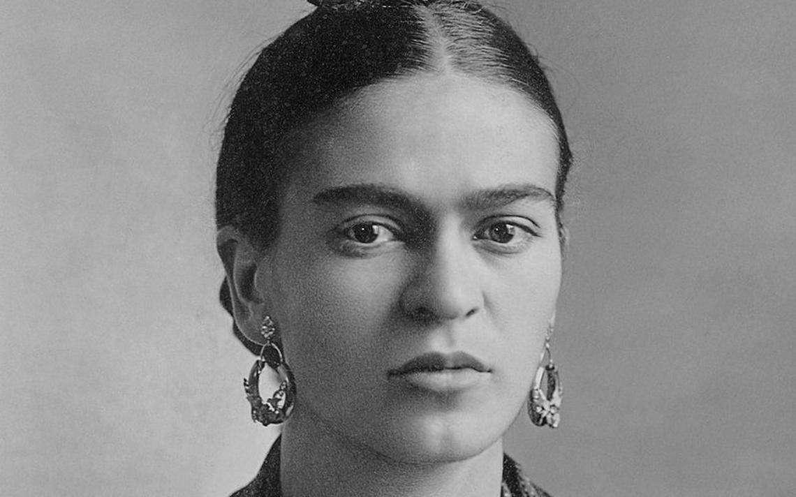 Foto de Frida Kahlo tirada em 1932 por Guillermo Kahlo