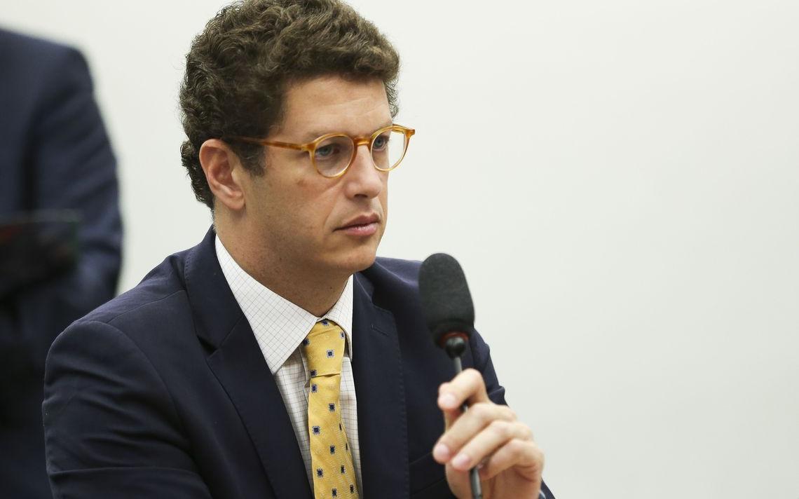Ministro do Meio ambiente Ricardo Salles participa de audiência pública na Câmara