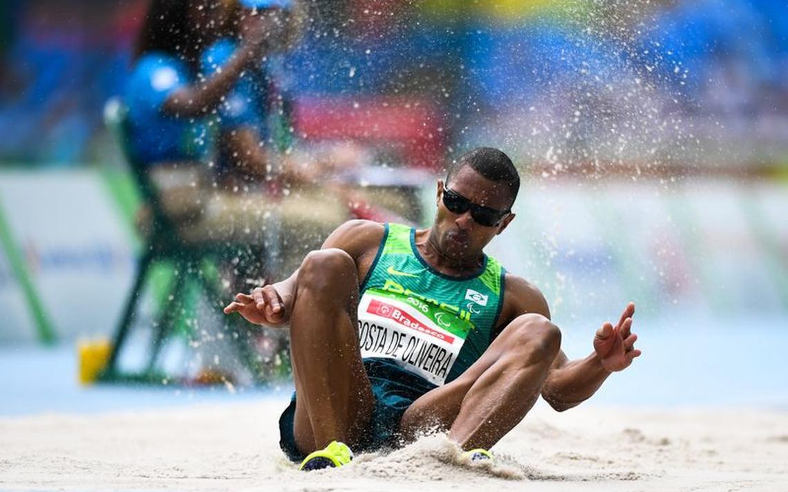 Ricardo de Oliveira, que é deficiente visual, conquistou o primeiro ouro brasileiro na Paraolimpíada