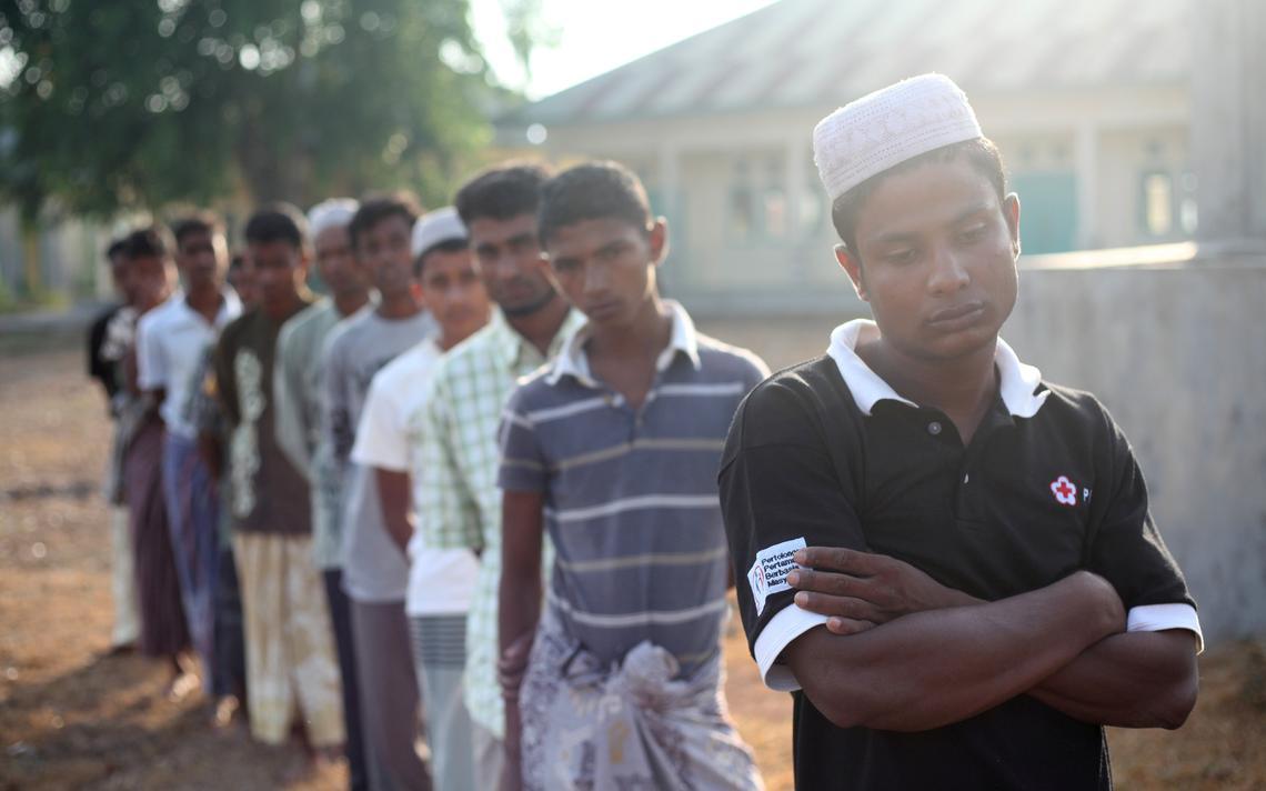 Muçulmanos da etnia rohingya refugiados no Norte da Indonésia, em abril de 2018. Minoria vem sofrendo perseguições em Myanmar