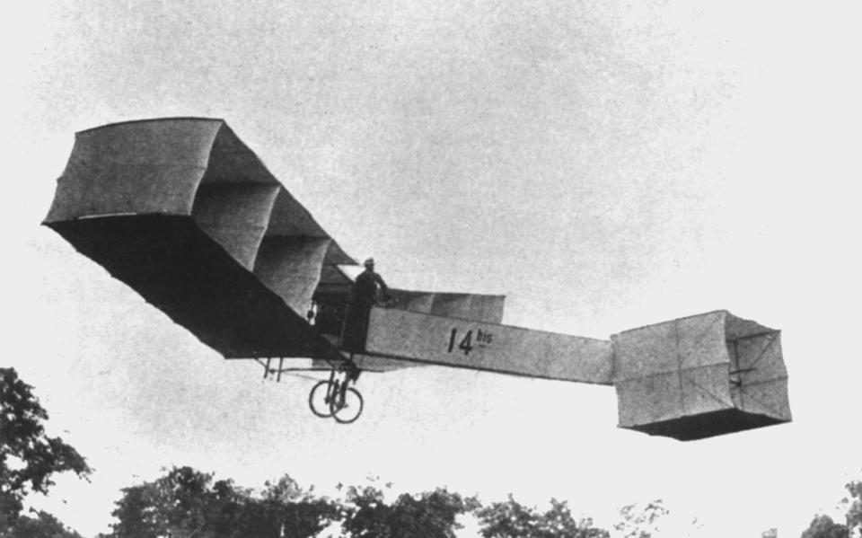 Santos Dumont no 14 bis