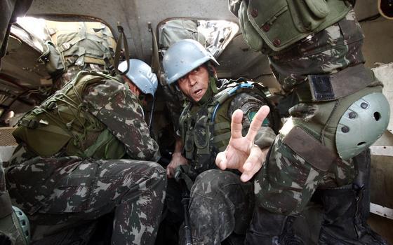 Como a missão de paz no Haiti molda a ação do Exército no Rio