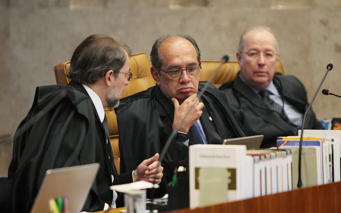 Dias Toffoli, Gilmar Mendes e Celso de Mello em sessão no STF