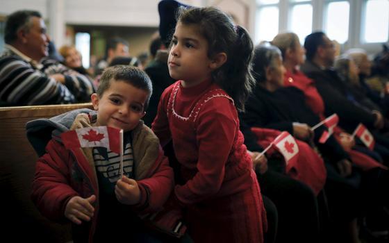 Por que o Canadá estende tapete vermelho para os refugiados sírios